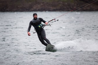Zach kites at Rowena on an 11m fuel!